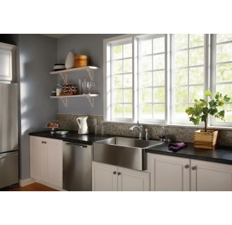 Delta-4453-DST-Overall Room View in Arctic Stainless
