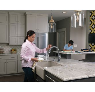 Delta-9197T-DST-Faucet Touch Feature in Use in Arctic Stainless